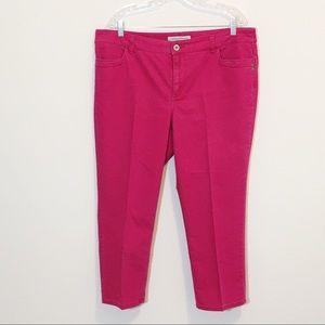 Chico's Platinum Denim Hot Pink Cropped Capri NWOT